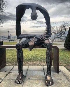 grief-statue